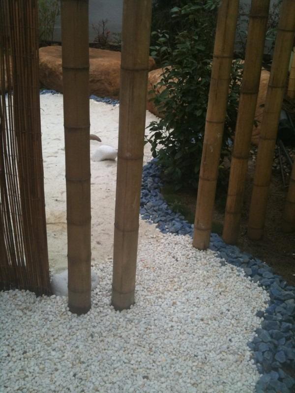 Cuarzo decorativo para jardines o maceteros en - Jardineras con bambu ...