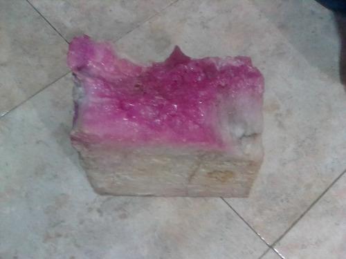 cuarzo rosado en bruto la piedra pesa 180 gramos