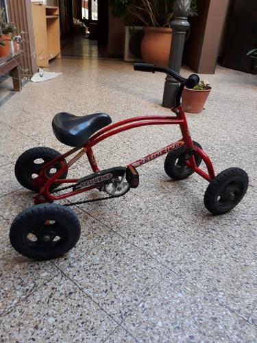 cuatriciclos niños a pedal