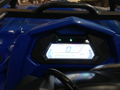 cuatrimoto marca cfmoto estilo cforce 450cc equipada 4x4