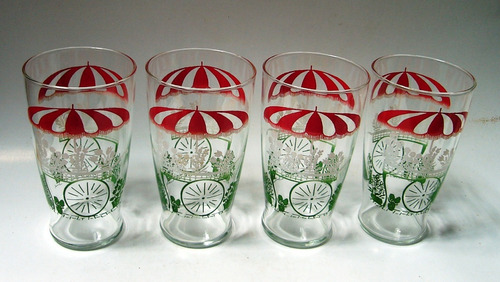 cuatro vasos grandes vidrio carreta verde flores