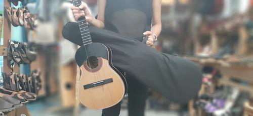 cuatro venezolano profesional concierto color negro y forro
