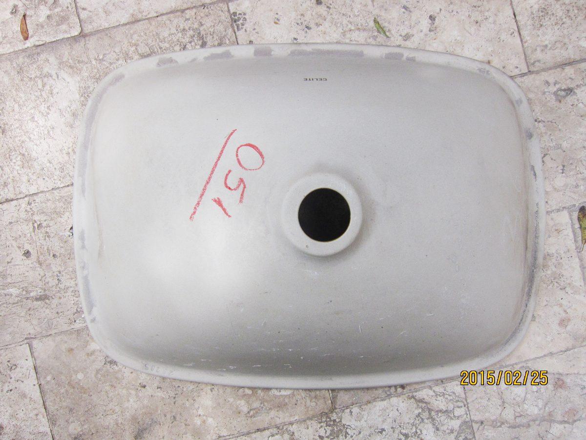Cuba De Louça Antiga Anos 70 , Pia De Banheiro  R$ 188,00 em Mercado Livre -> Cuba Pia Banheiro Louca