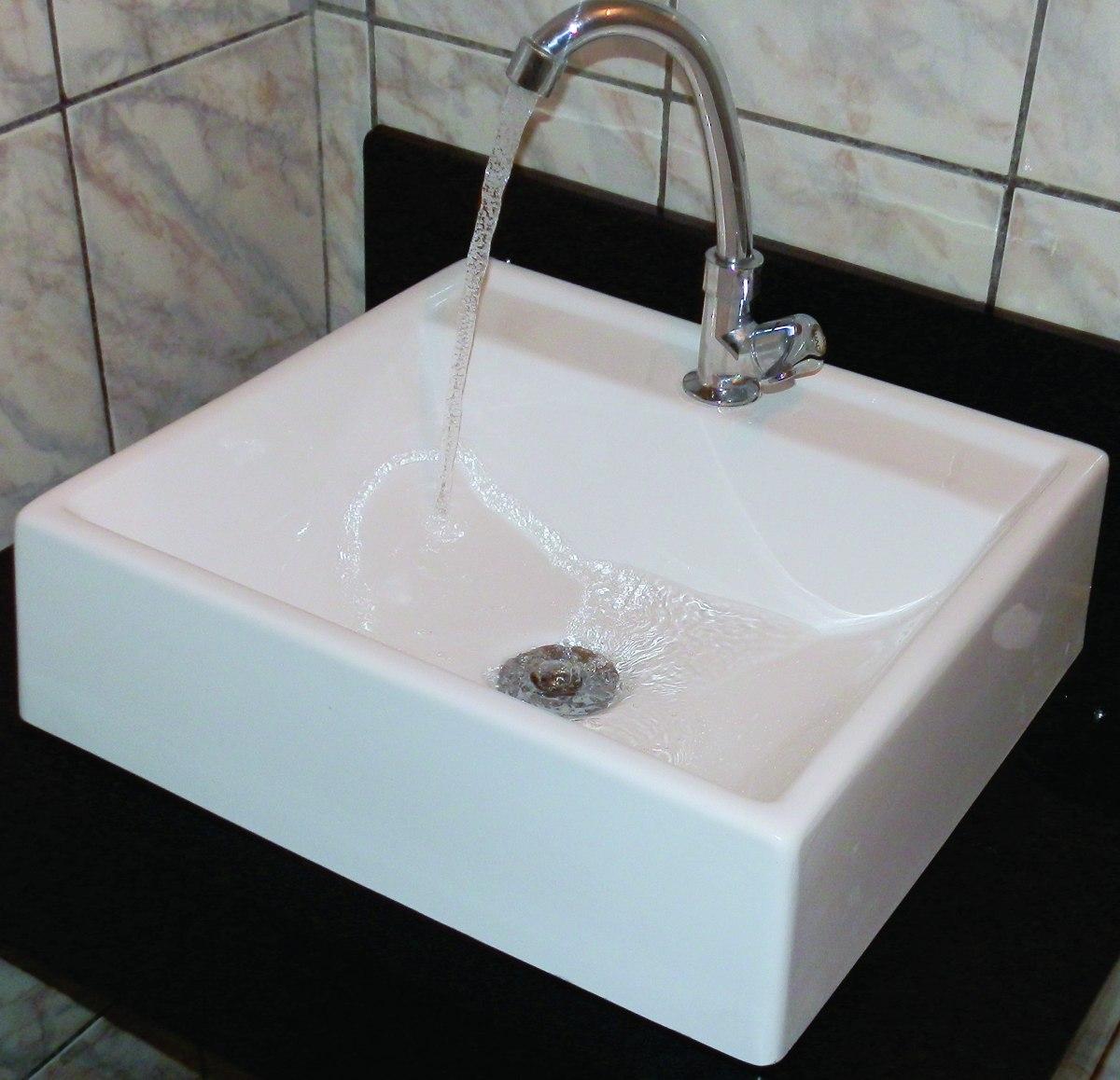Cuba Sobrepor Para Banheiro Quadrada  R$ 129,99 em Mercado Livre -> Cuba De Banheiro Sobrepor