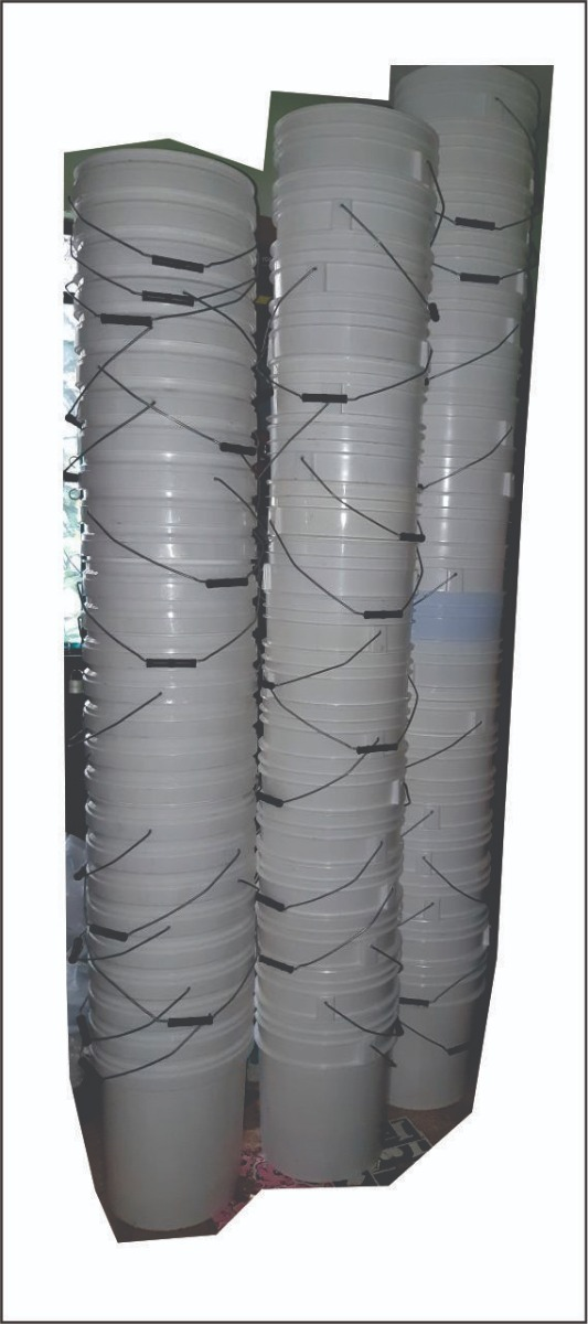 Cubetas De Plastico Con Tapa De 20 Lts - $ 46.00 en ...