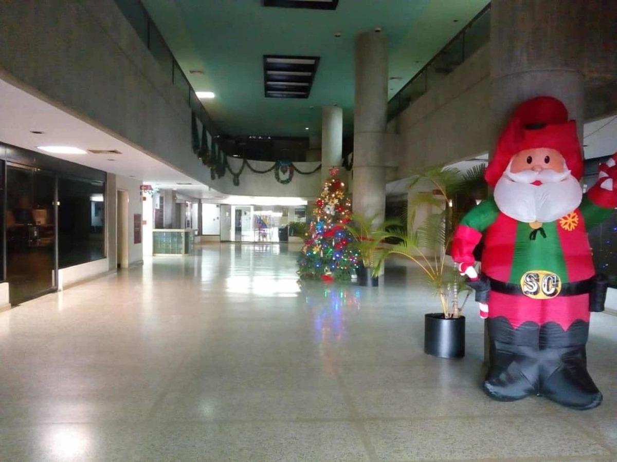 cúbiculos en alquiler centro clover, la trinidad, desde 12m2