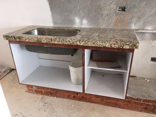 cubierta  de granito veneciano  2000 ml  instalada
