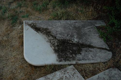 cubierta de silestone beige .no granito, no mármol