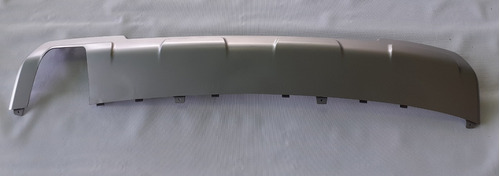 cubierta inferior de parachoque trasero chevrolet orlando
