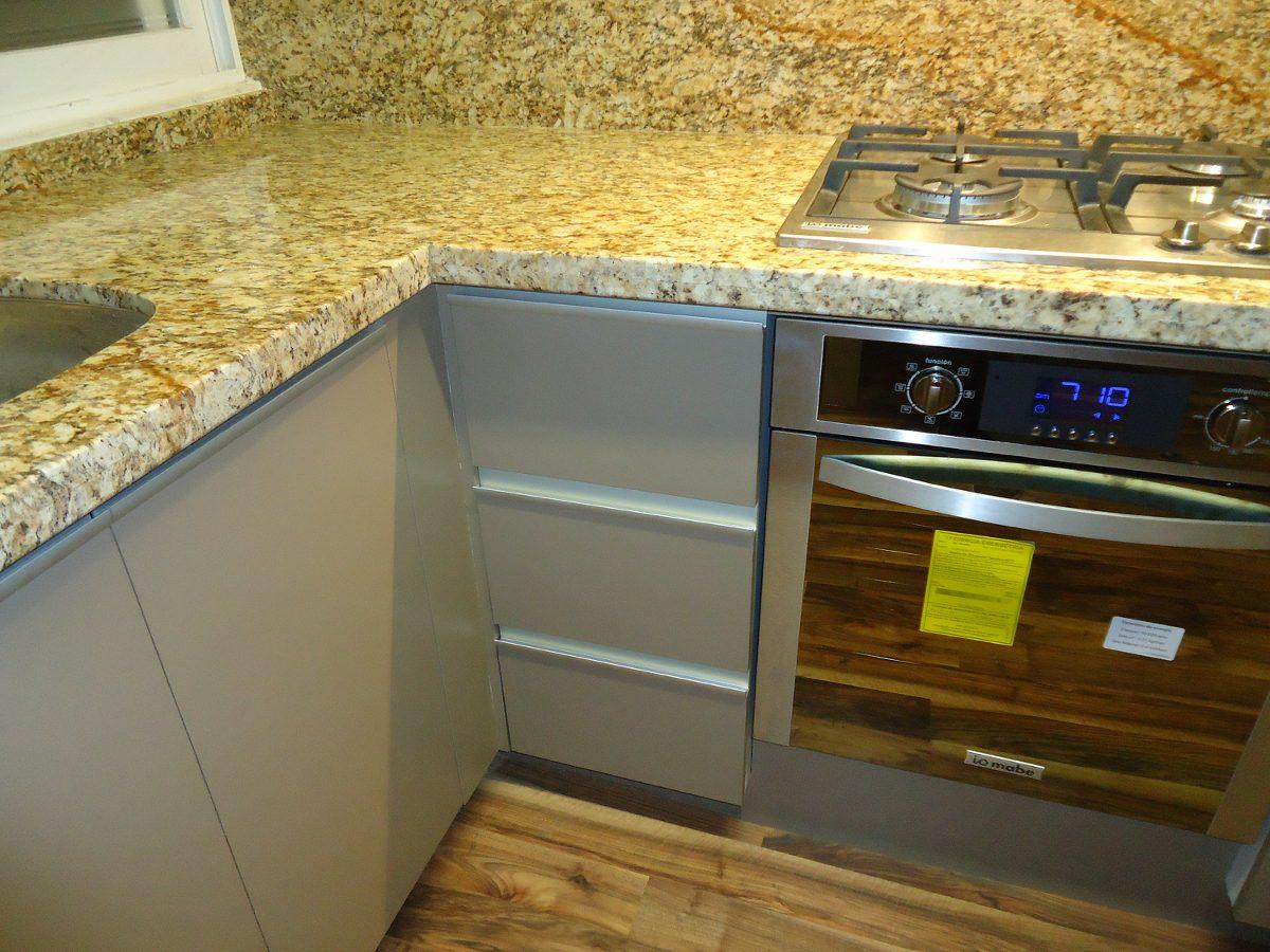 Cubiertas cocina en granito sta cecilia grisal dallas for Cubiertas de granito