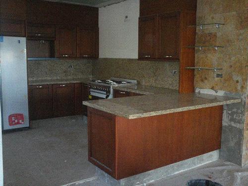 Cubiertas de granito natural marmol y cocinas 2 550 for Cocina marmol o granito