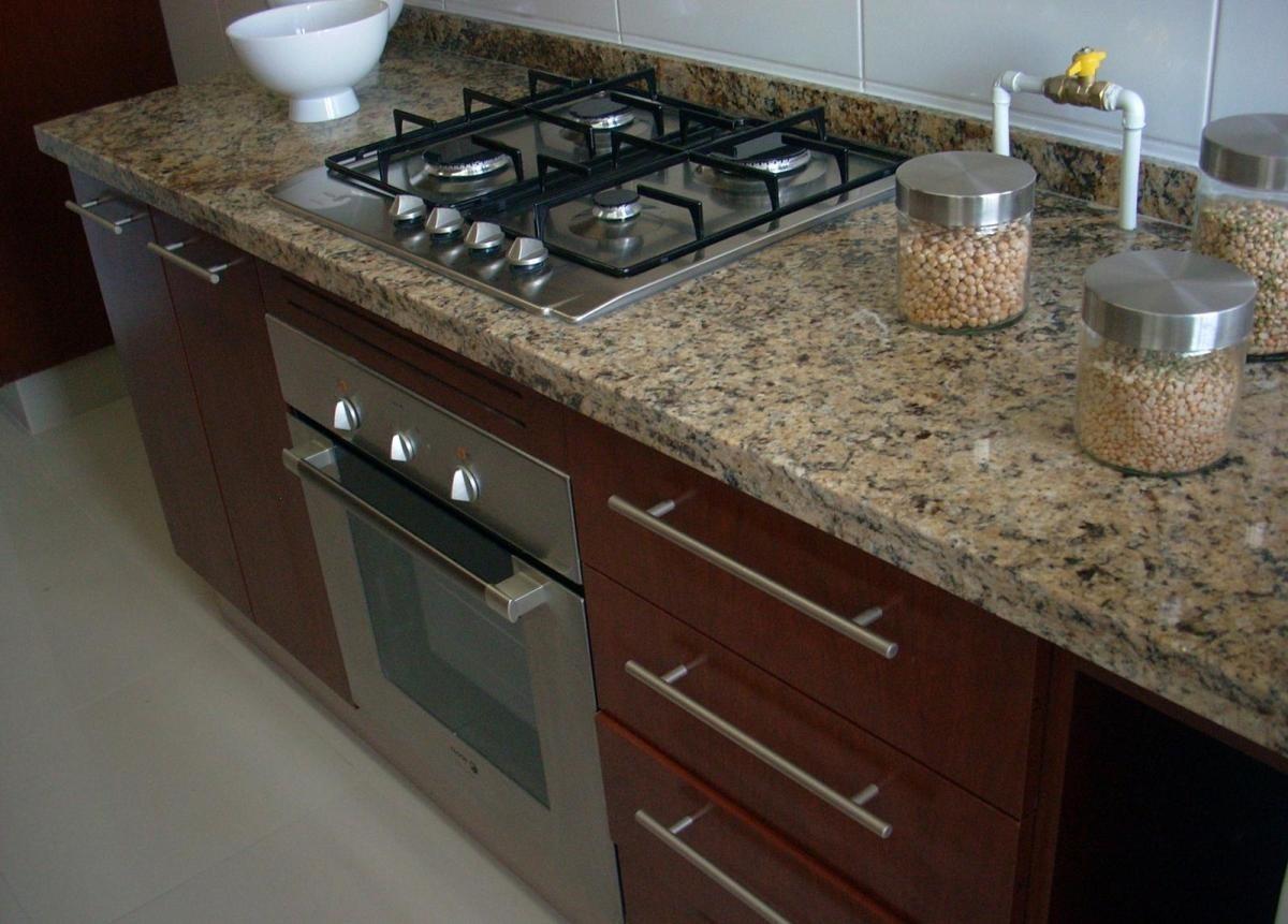 Cubiertas de granito santa cecilia para cocinas integrales - Encimeras de marmol para cocinas ...