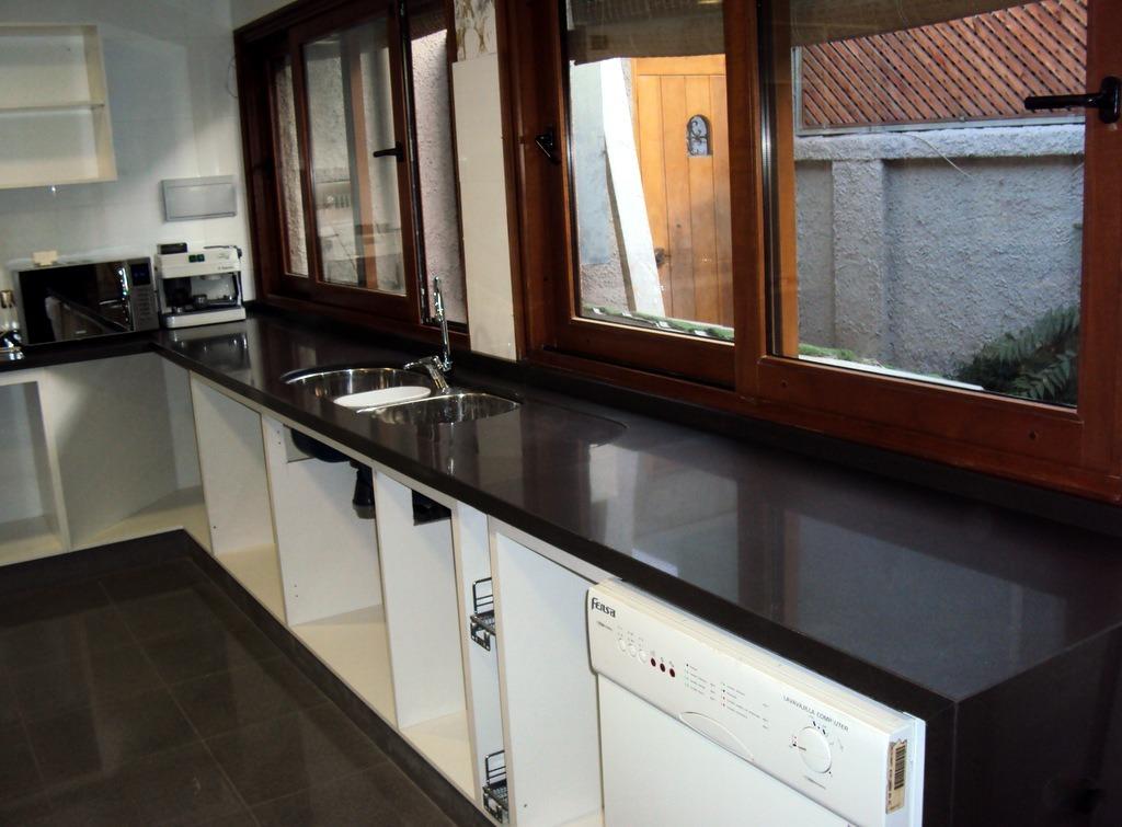 Cubiertas De Granito Y Cuarzo Para Muebles De Cocina 5 000 En