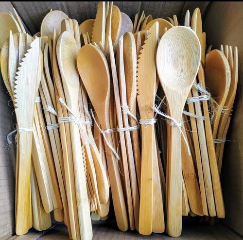 cubiertos en bambú ecológico reutilizables