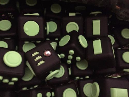cubo anti-estres alivia el estrés la ansiedad fidget juguet