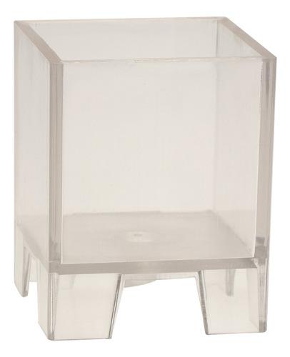 cubo de plástico forma de cuadrado que hace vela