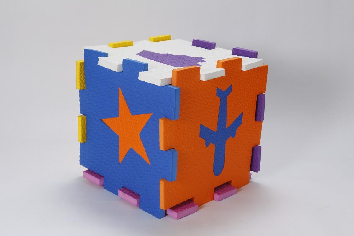 cubo encastrable goma eva ideal para bebe juegos