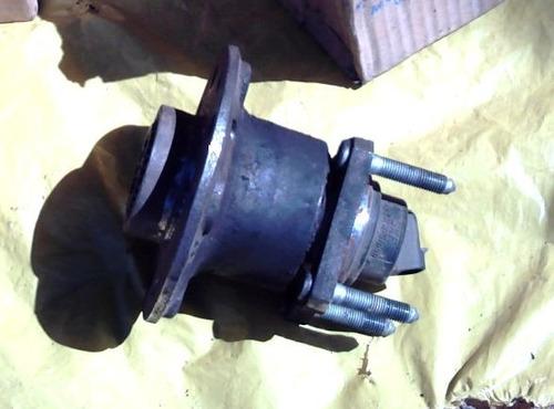 cubo roda traseira astra 99 freio abs 5 furos eixo original