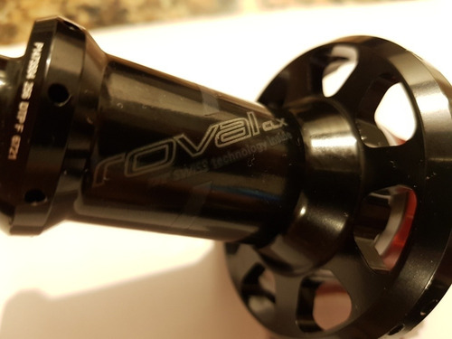 cubo traseiro roval / dt swiss / ceramicspeed