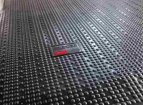 cubre alfombra chevrolet luv=isuzu cabina doble