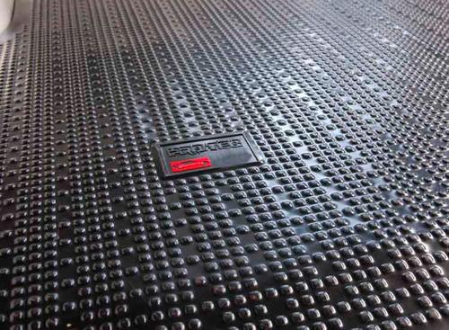 cubre alfombra goma baul peugeot partner patagonica vapren