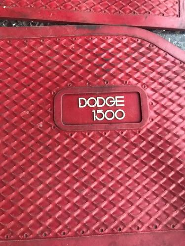 cubre alfombras originales rojas dodge 1500