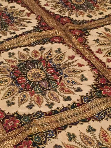 cubre cama importado bordado