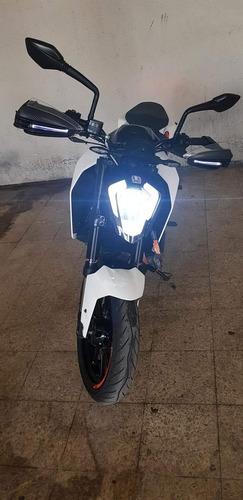 cubre puños handguard led direccionales cubre palancas luces