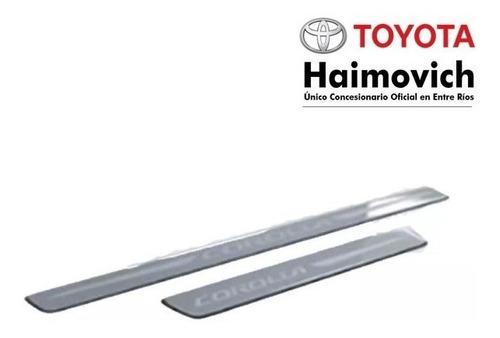 cubre zócalos de aluminio original toyota corolla 2015+