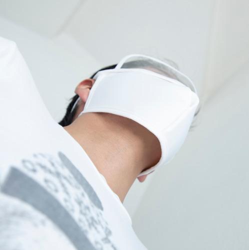 cubrebocas con protector visual blanco
