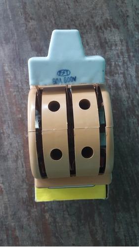 cuchilla 3 polos 60 amp doble pase 600v