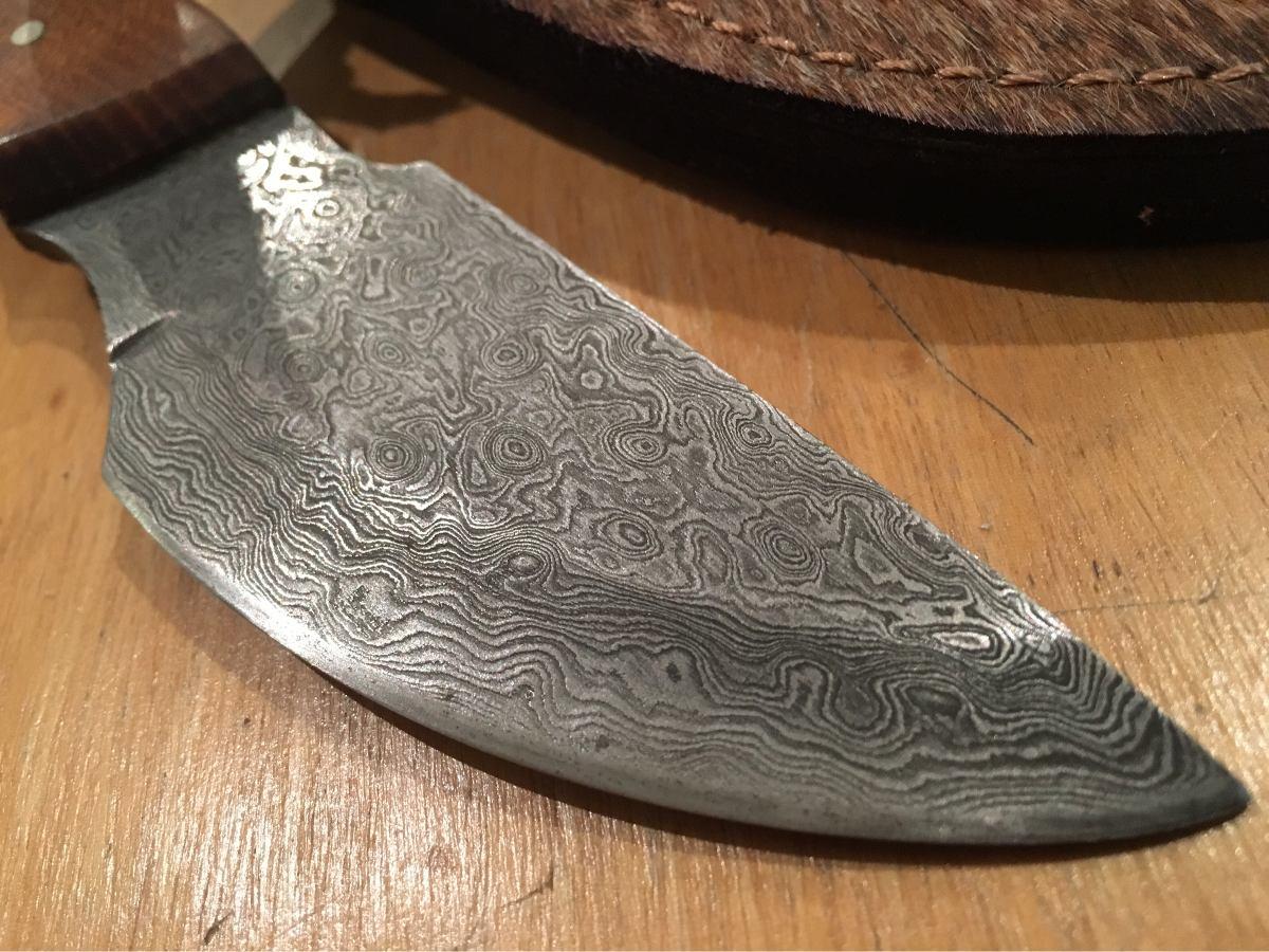 cuchillo acero damasco de la india especial para cuereo. Cargando zoom. 9dec9843643f