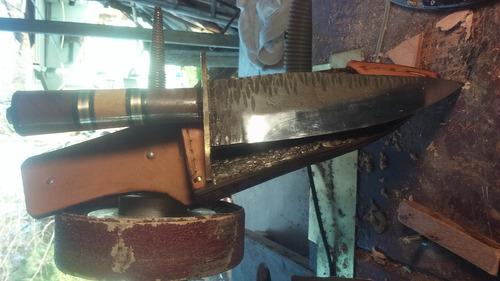cuchillo artesanal