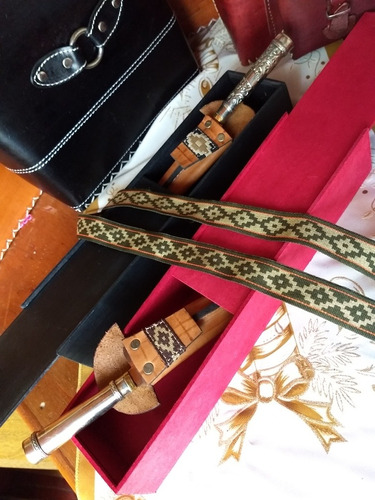 cuchillo artesanal campero cabo alpaca cincelada.