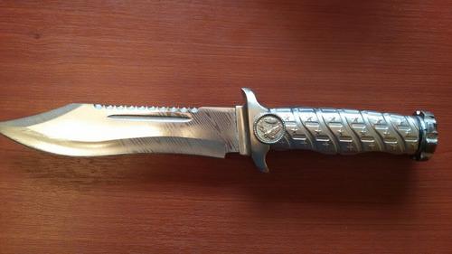 cuchillo con brújula interna acero inoxidable