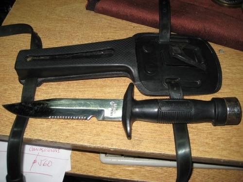 cuchillo de buceo - diving knifes - con vaina y soportes