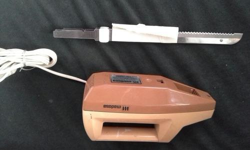 cuchillo eléctrico oster y madosa