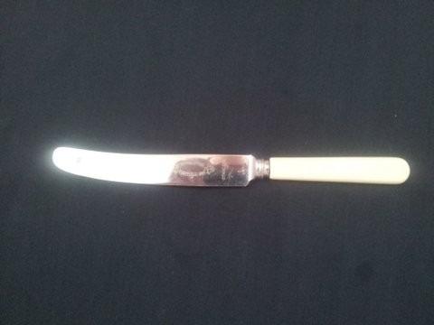 Cuchillo Ingles De Sheffield Con Mango De Baquelita 380 00 En