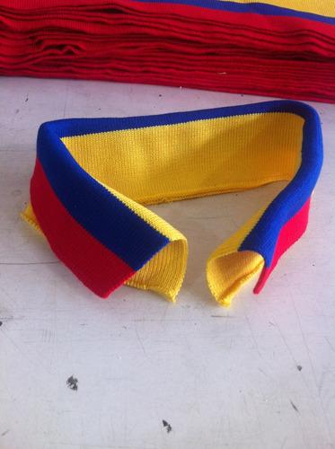 cuellos tricolor para chemises.