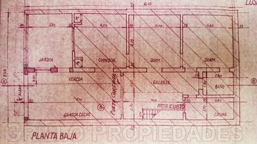 cuenca 1190. lote de terreno con casa. apto crédito.