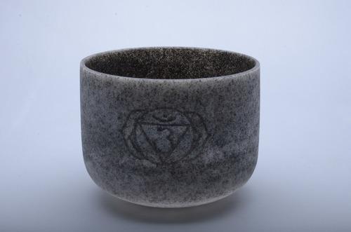 cuenco esmerilado obsidiana con grabado 8