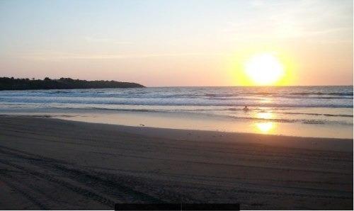 cuenta con una superficie de 9,375 m2 y con frente a las hermosas playas del océano pacíficocompletamente escriturado y con toda la documentación en reglagran oportunidad para inversionistas.