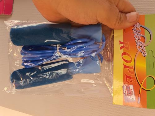 cuerda para saltar con mangos de neopreno