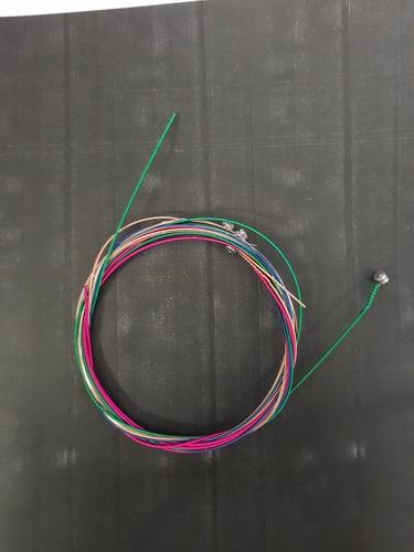 cuerdas de guitarra de colores