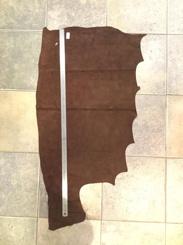 cuero descarne gamuzado marron, marroquinería,manualidades