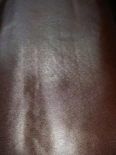 cuero marron rayado