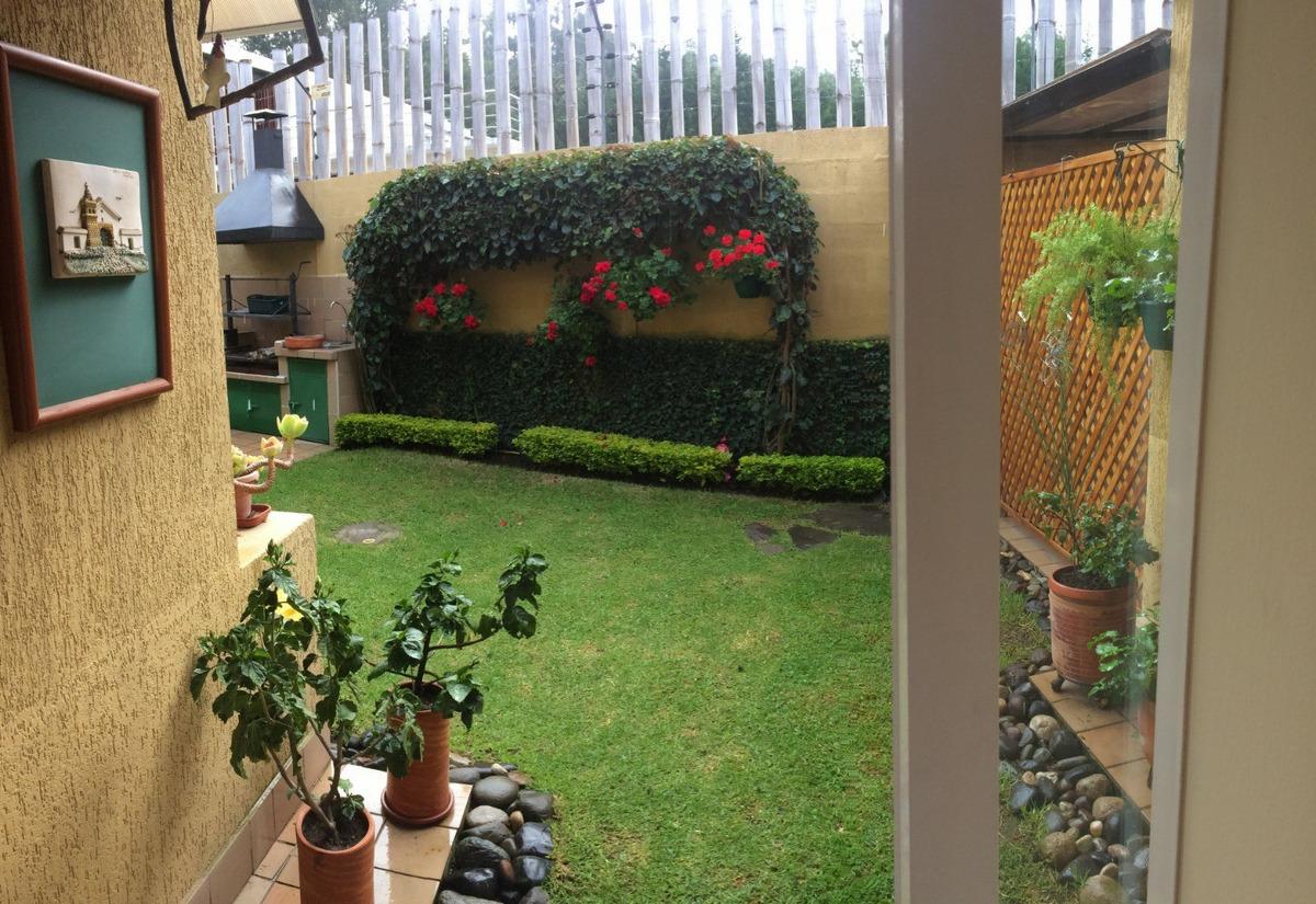 cumbayá - venta casa  3 dormitorios + jardín privado