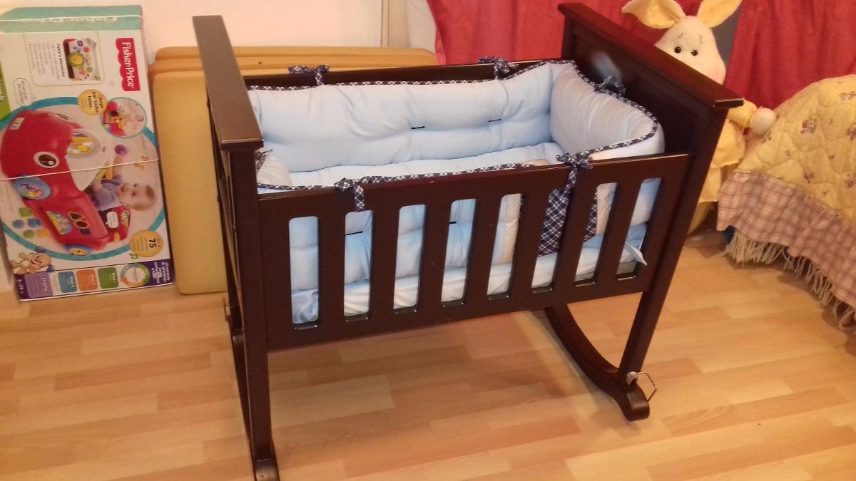 Cuna mesedora para bebe de madera con colchon 2 for Cunas para bebes de madera