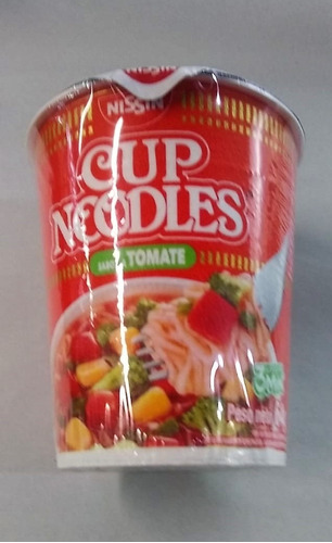 cup noodles sabor tomate nissin x 64 gramos