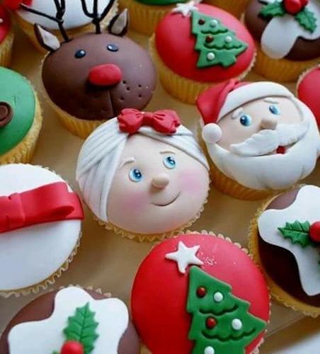 cupcakes navidad, torta negra, paneton, panettone